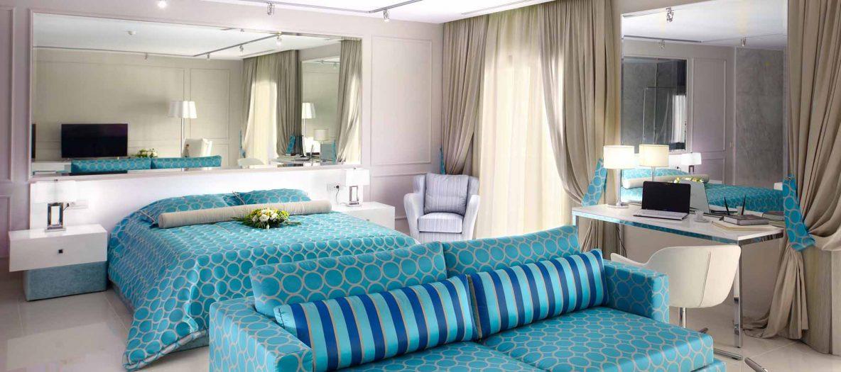 Tokyo suite bed