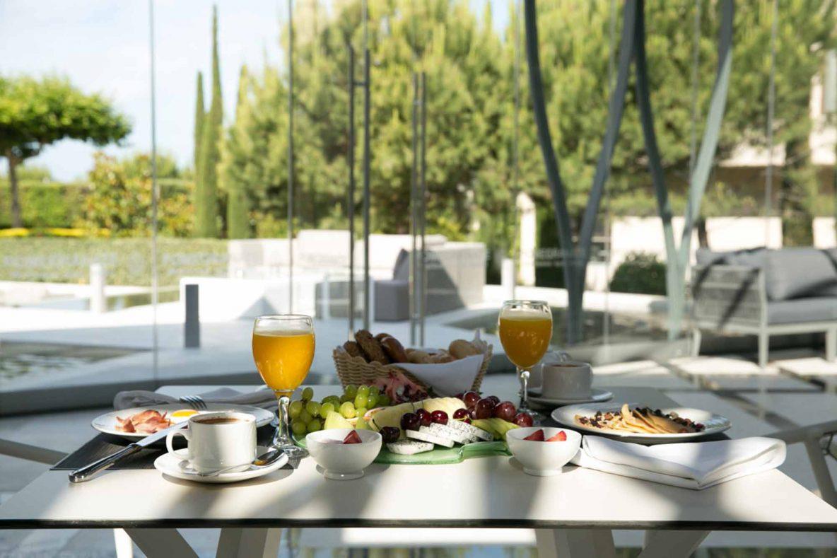 Zeus Main Restaurant Breakfast Terrace